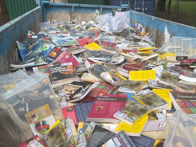 toowong books